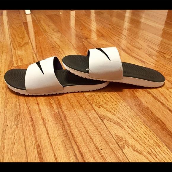 43bc1730c2ce Nike Mens Kawa Slide Sandals. M 5b86e43c34e48aa9b87fb72b